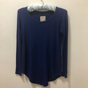 Chaser blue thermal top. Long sleeve. Size Small